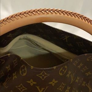 Shoulder bag artsy Louis Vuitton